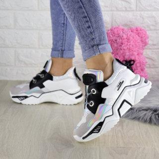 Жіночі білі кросівки Gomez